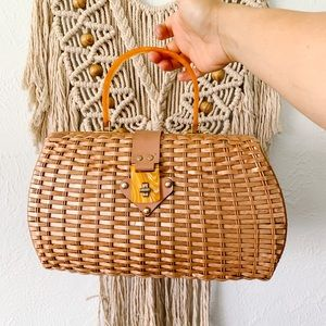 Vintage Handled Wicker Handbag